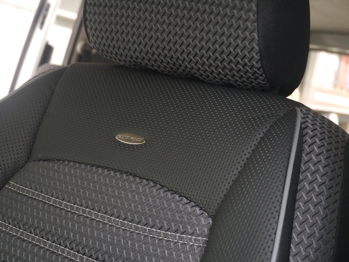 Car seat covers mercedes vito w639 for two single front seats for Mercedes benz original seat covers