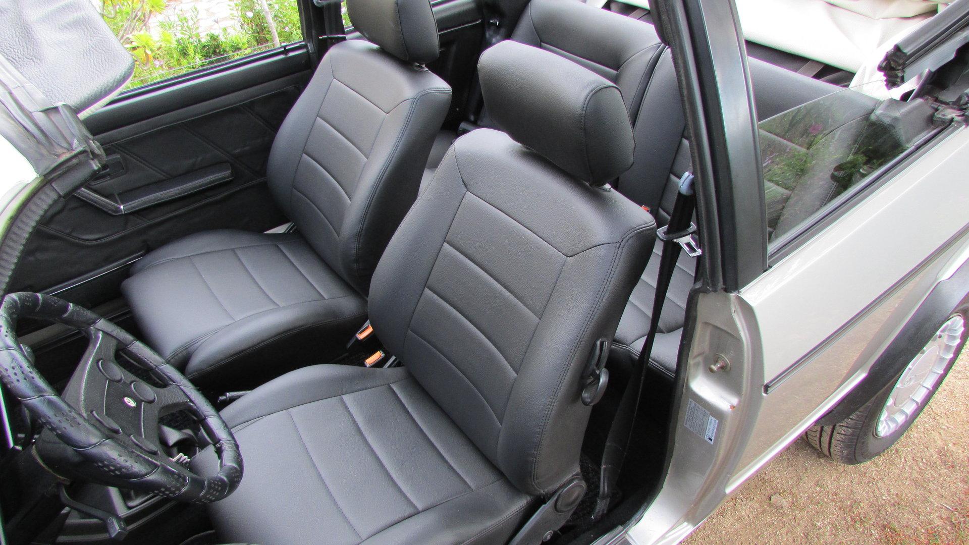Golf 1 Cabrio Sitzbezüge inkl. Türverkleidungen in schwarz